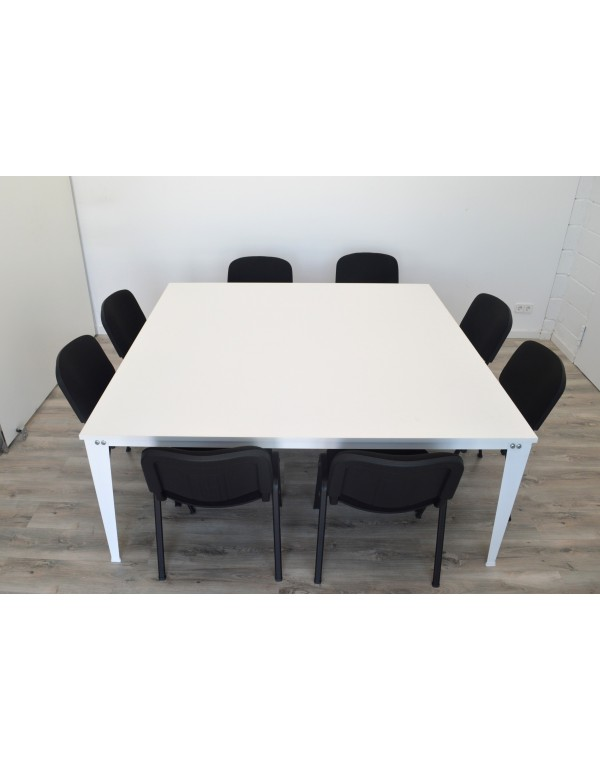 Mesa de reuniones AITANA