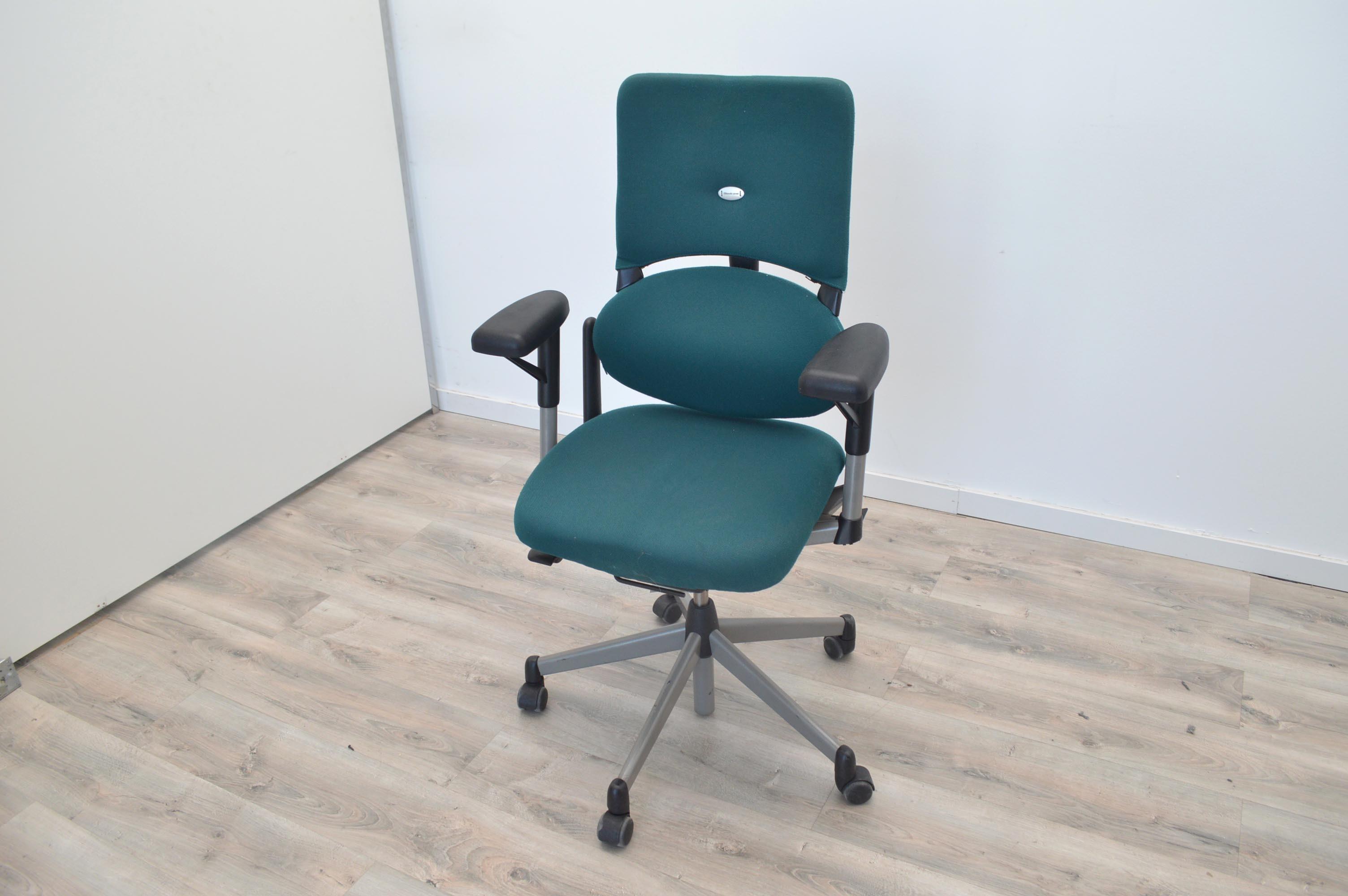 Armarios oficina segunda mano mesa tnt de steelcase for Silla escritorio segunda mano