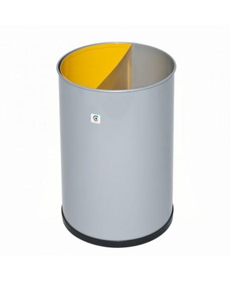 Papelera metálica selectiva de residuos con cubeta extraible para su vaciado.