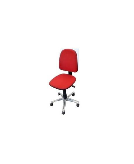 Silla roja de oficina con ruedas